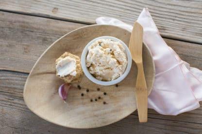 Green Dirt Farm Garlic Peppercorn Fresh Cheese